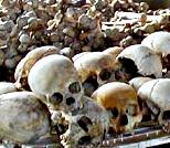Genocide_skulls